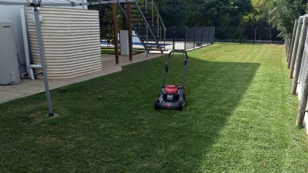 iMow & iGarden - Lawn Mowing In Mackay - Push Mowing in Mackay